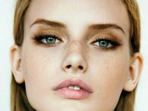 eye liner formas